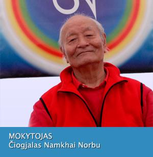 Mokytojas Čiogjalas Namkhai Norbu